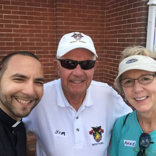 Rev. Fernando Rodríguez Quiñones with two members of the administrative commission, Jim Fouss and Rev. Anne Ledbetter (Photo provided)