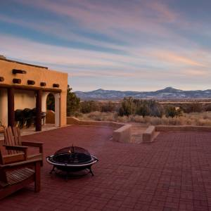The New Mexico landscape as seen from the patio of Casa del Sol at Ghost Ranch Education and Retreat Center. (Photo courtesy Ghost Ranch/Jamie Clifford)