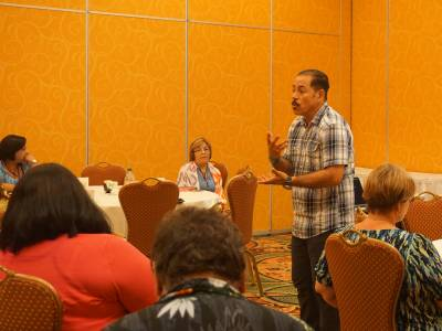 The Rev. Dr. Oscar García-Johnson, associate dean for the Center for the Study of Hispanic Church and Community and associate professor of Theology and Latino/a Studies at Fuller Theological Seminary presents during the Hispanic/Latino Pastoral Development Seminar. Photo by Emily Enders Odom.