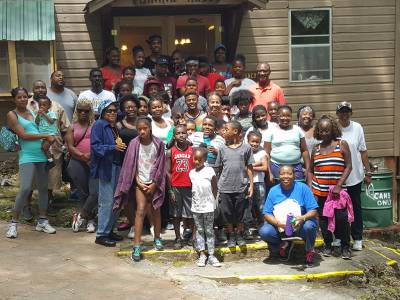 One of Mound Ridge's groups, Cote Brillante Presbyterian Church, a partnership to ensure that inner-city children come to God's creation. (Photo by Emily Enders Odom)