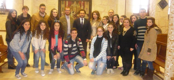 Aleppo debate club with minister