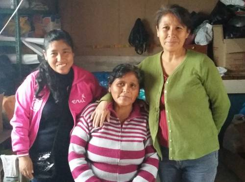 Jobita, Hidivia, Prisila form the artisan group Kuichi