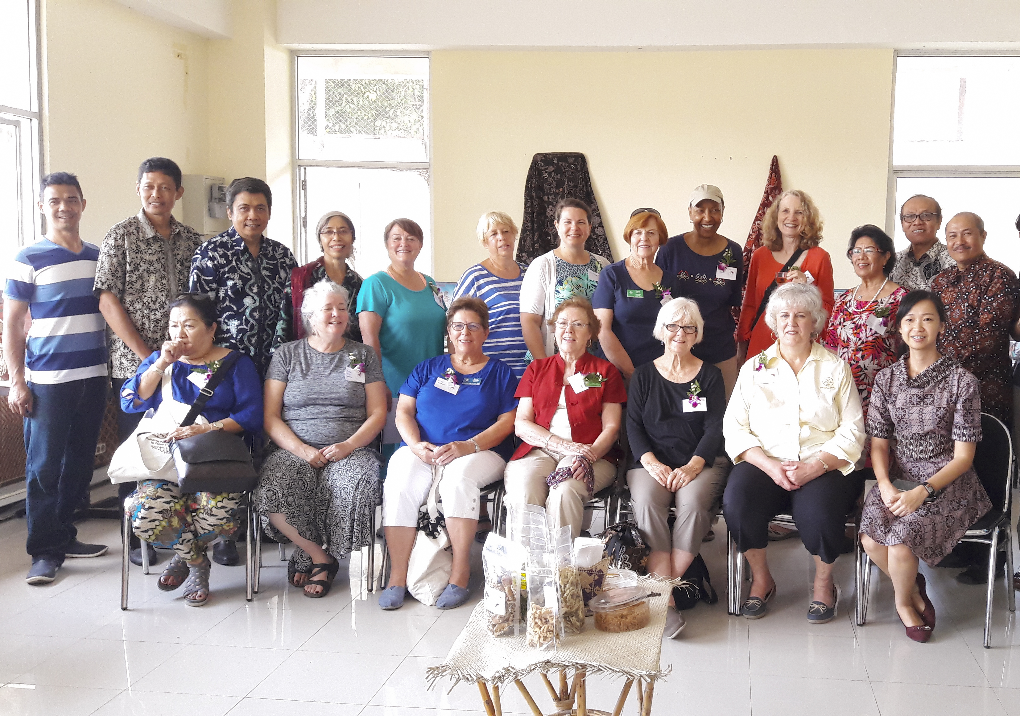 Sukahadi among the Duta Wacana lecturers and Presbyterian Women delegation.
