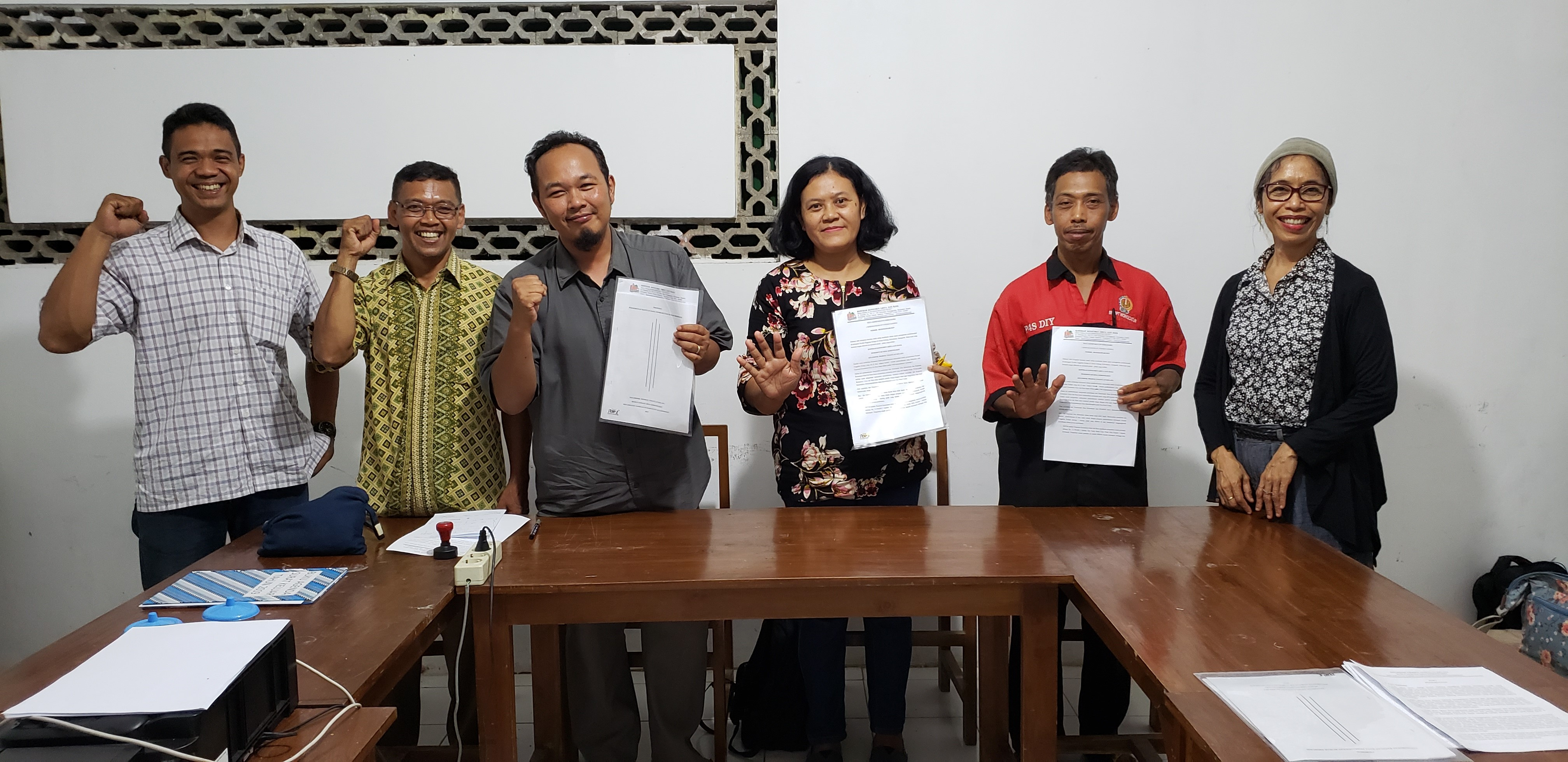 A Grant from PW was given to buy a new house of production for the members of Griya Jati Rasa's Co-OP.