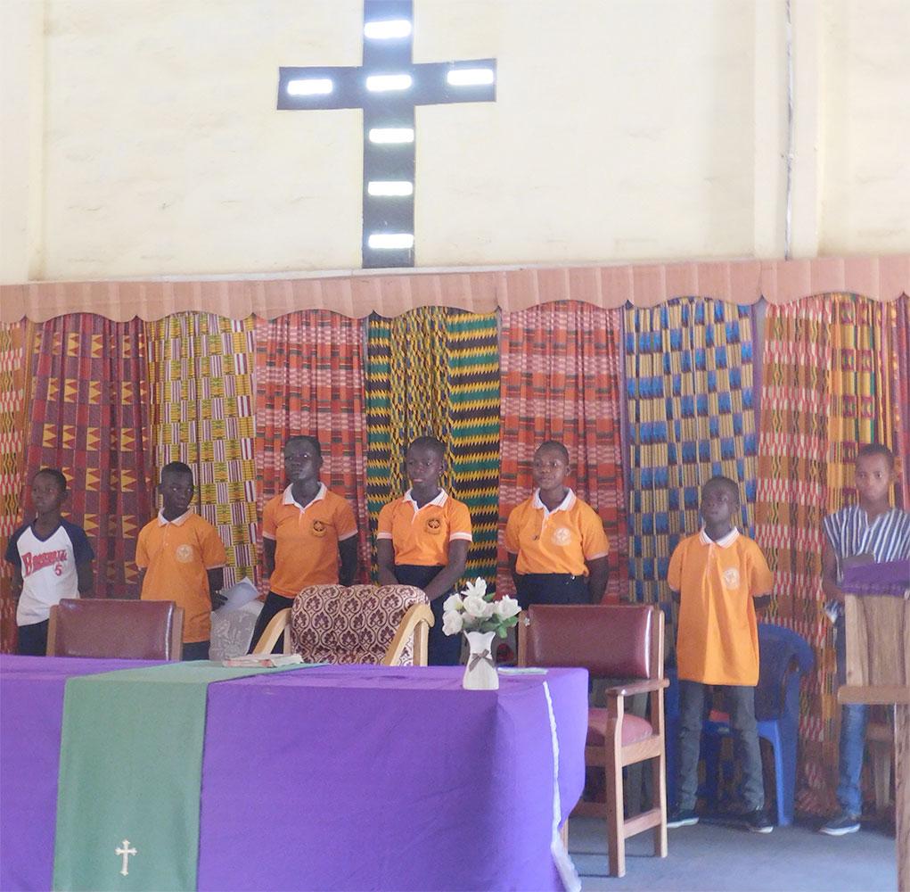 Youth lead Sunday worship at Saboba's E. P. Church.