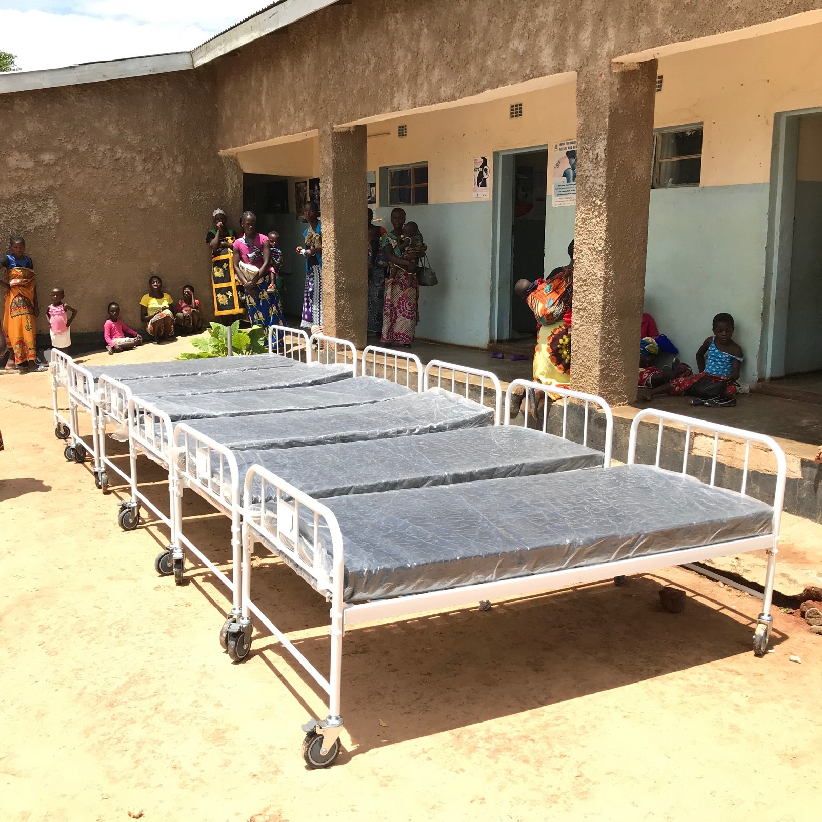 Thanks to a generous gift by Liverpool First Presbyterian, Liverpool, NY, new beds for both CCAP rural health centers were purchased. These are the six beds that were provided to the Ndaiwala Rural Health Center.