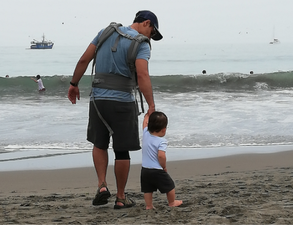 Discovering the ocean for the first time!