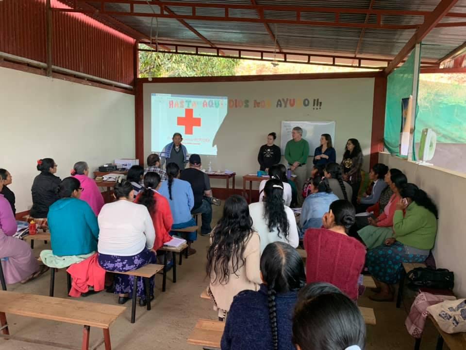 FPC Jackson medical team giving a CPR class to the IEP Women's Bible League. San Martín, Peru. (Photo: Susannah Gordon White)