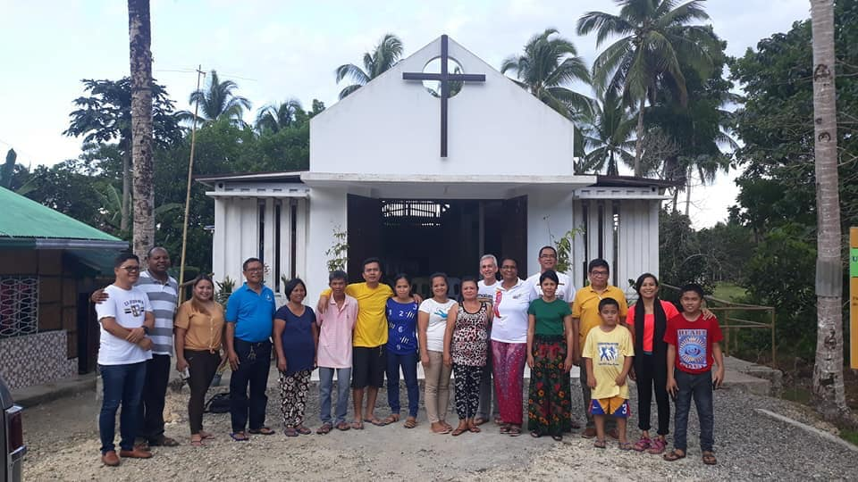 Some members of the Catigbian UCCP welcoming me to the completed Catigbian UCCP church.