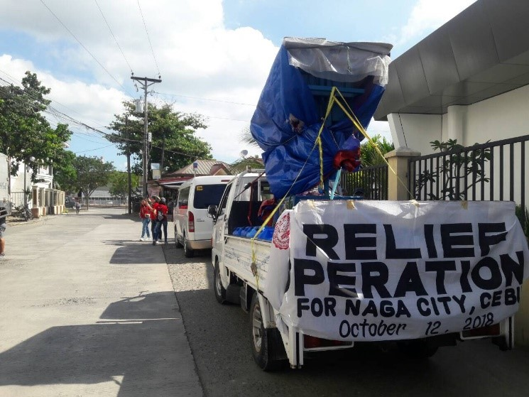 The Silliman Relief Caravan, with the SolarPure.