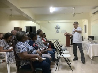 David, teaching seminary students from the Evangelical Dominican Church, DR
