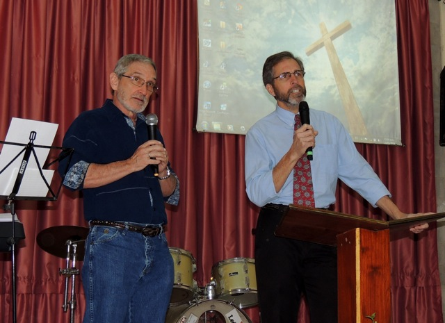 Dennis interprets for Rev. Dr. Roger Rabey (Lancaster, PA.) in Buenos Aires in 2014.