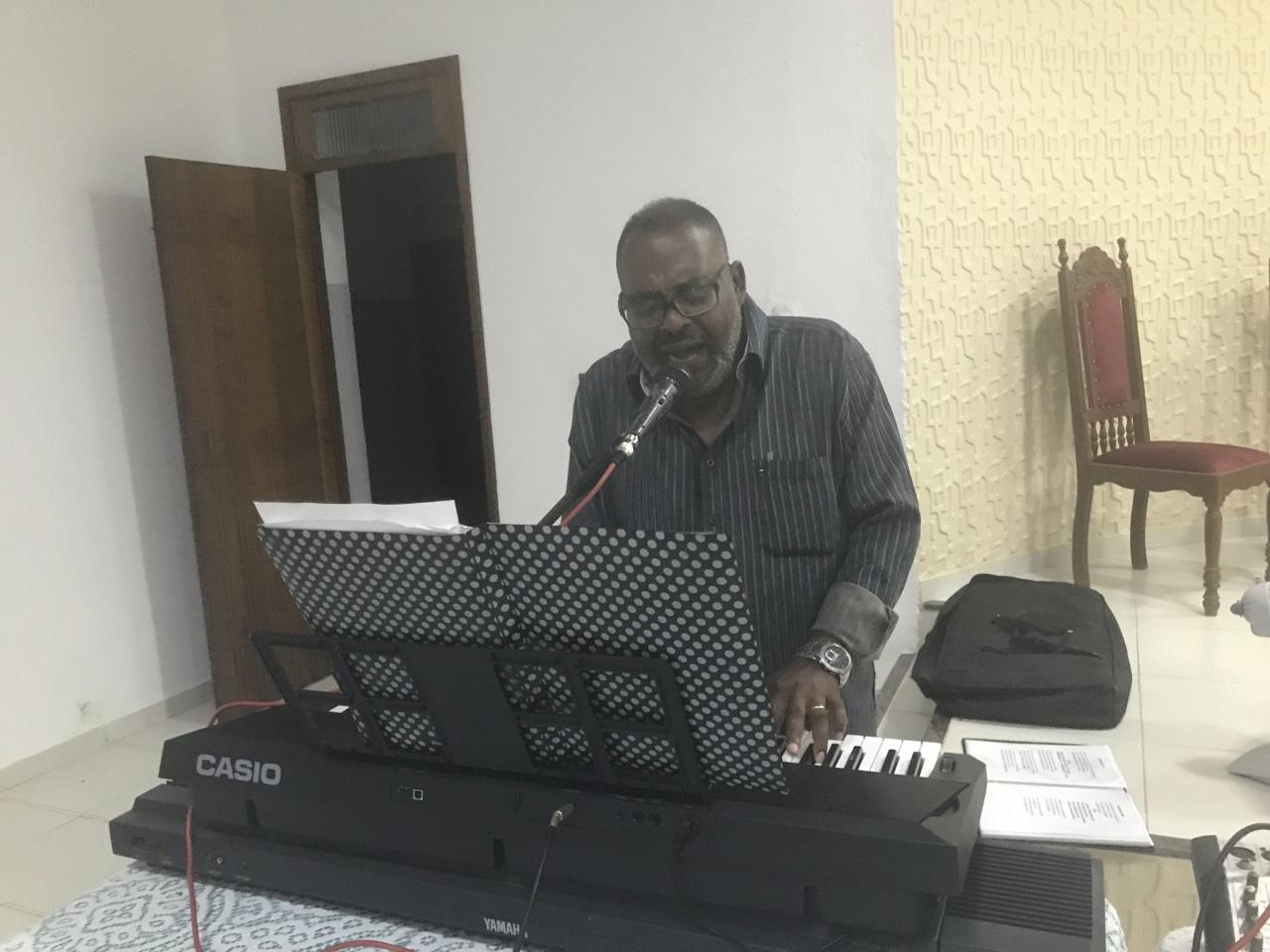 Organ music during worship on Facebook.