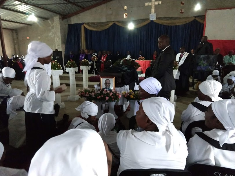 The funeral service, at Rev. Phiri's church in Mtendere compound of Lusaka, was heavily attended by Lusaka residents as well as those traveling from far-reaching parts of Zambia and even Malawi and Zimbabwe.