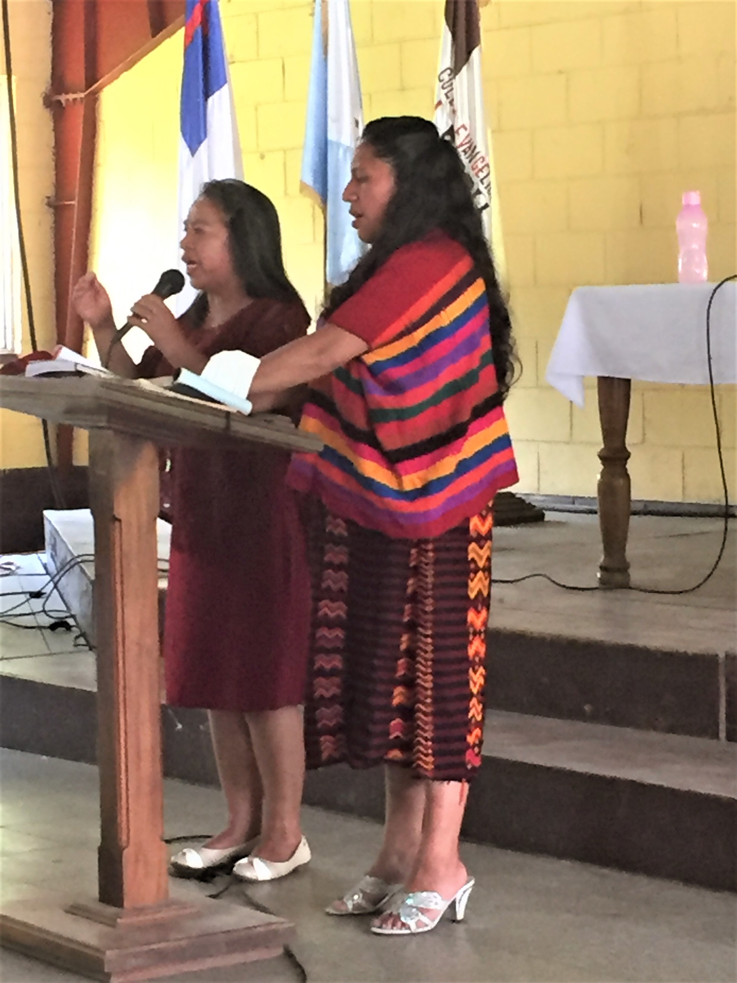 Sharing a devotion and singing together at the Extraordinary Session of the National Union of Presbyterian Women's Convention of the IENPG.
