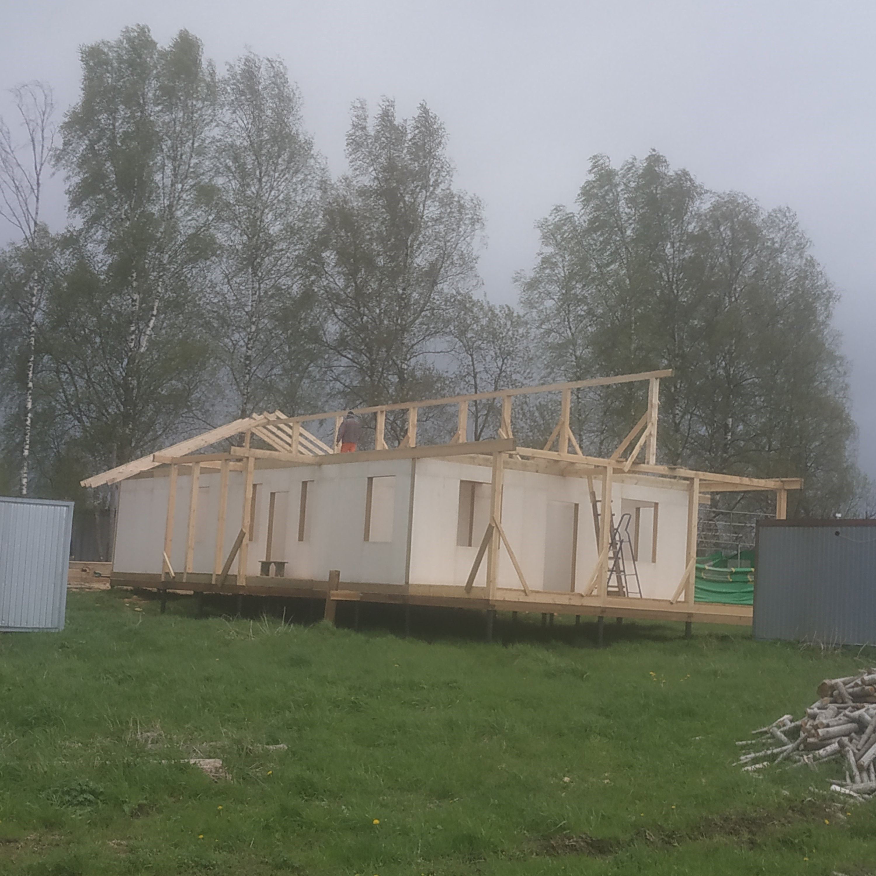 The roof for the house for adults with disabilities in Davydovo is framed.