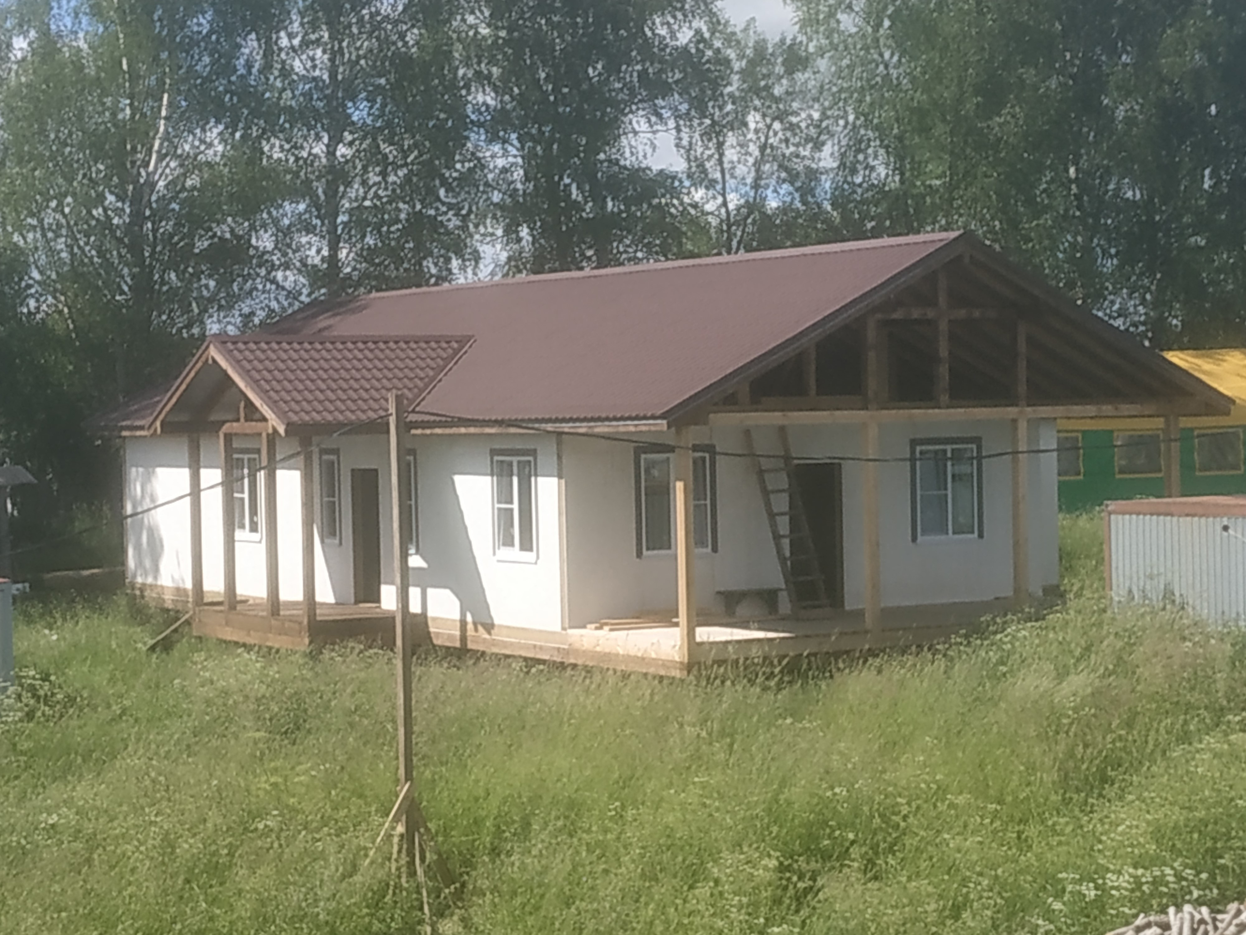 The roof is on the house for adults with disabilities in Davydovo.