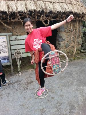 Alyson Jeju – Alyson shows off her playful spirit at a Jeju Folk Village experience