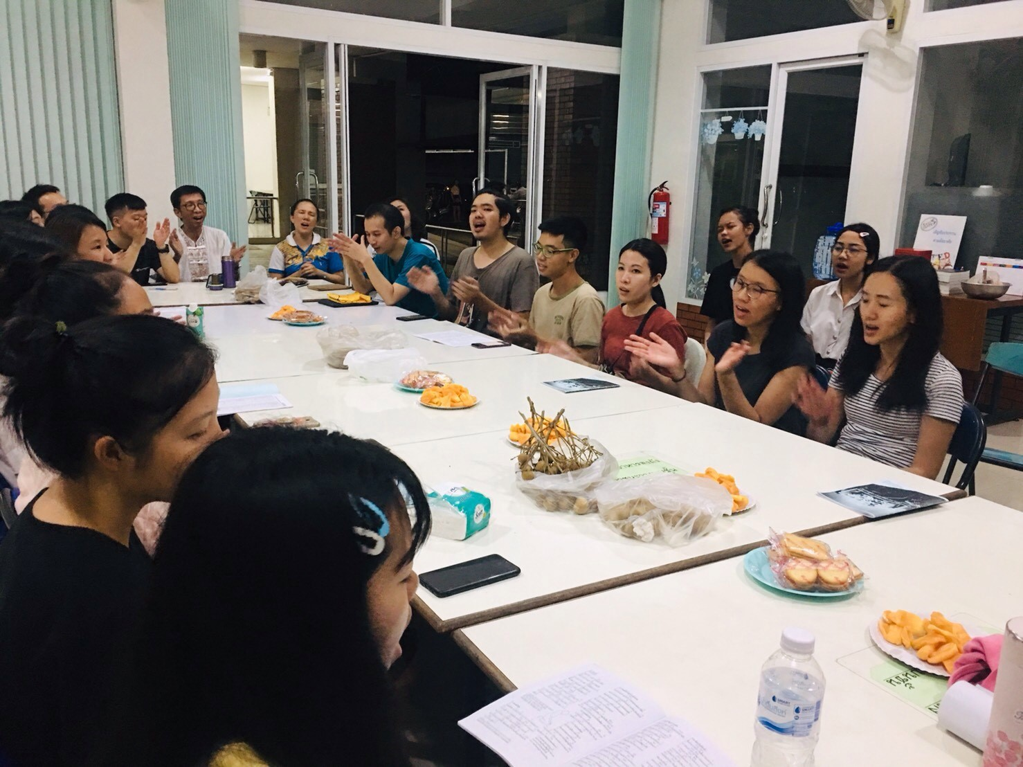 Our Christian student group (Rom Thamm--the shade of the dharma) enjoys fellowship with a visiting mission team from Taiwan — missions and travel have changed a lot since the days of McGilvary!