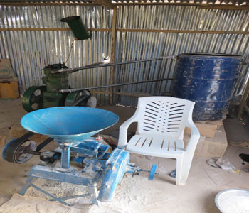The EERN has made this grinder available to the community, so that residents, whose primary occupation is growing millet or sorghum, can grind the grain into flour. This project, supported with funds from PC(USA), is improving the lives of rural farmers.