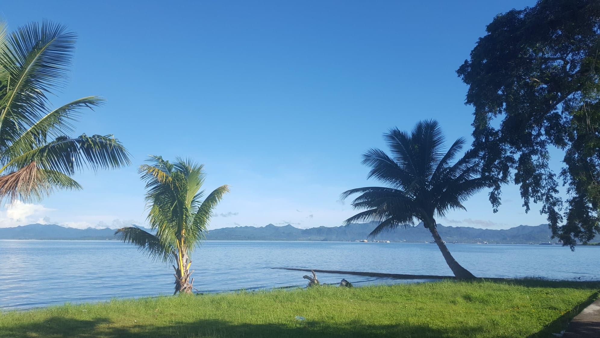 Casual clichéd view of the South Sea Beaches. Photo credit Hery Ramambasoa.