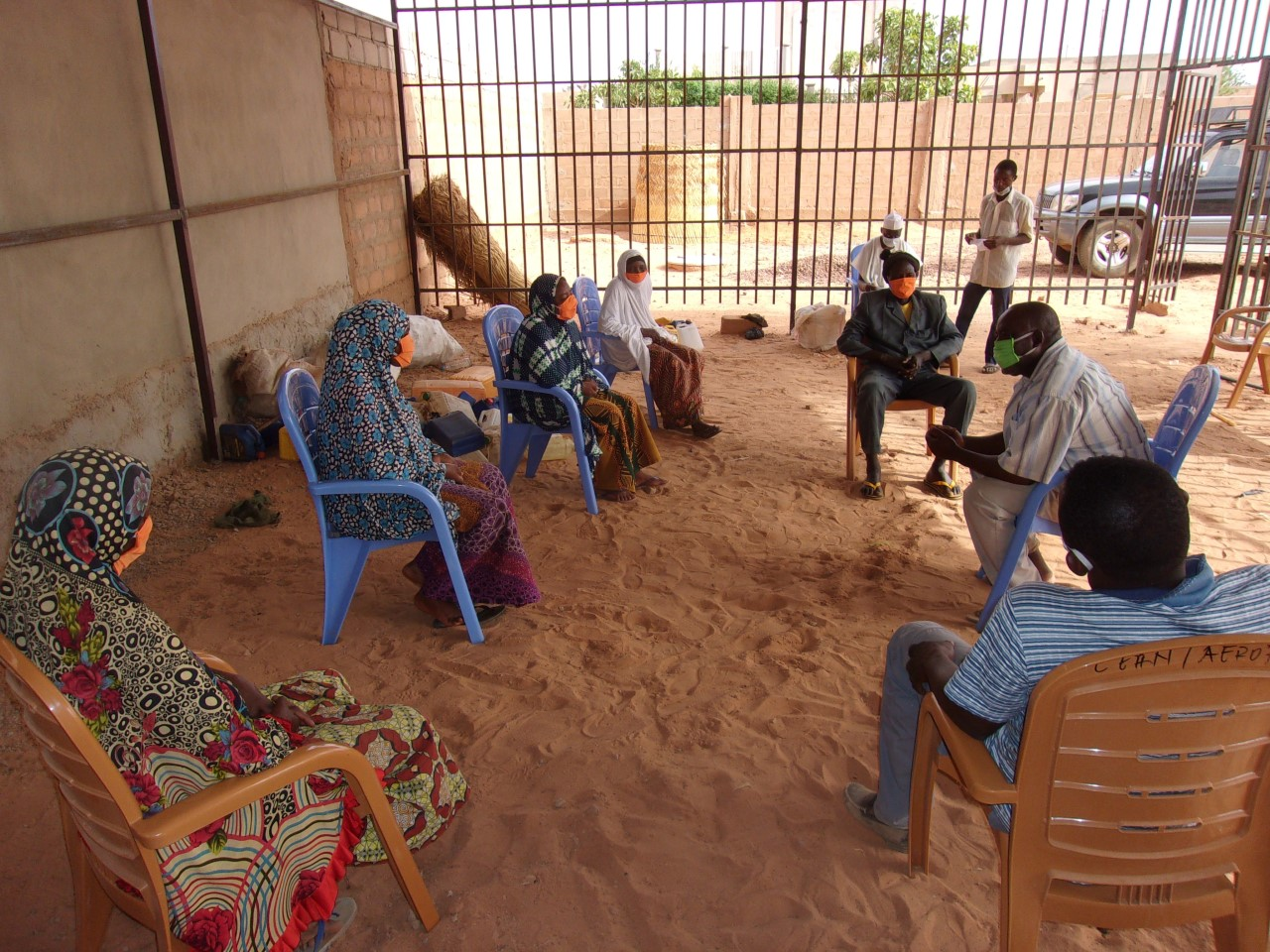 Muslim women identified as leaders in their community of Basra. They were participating in a COVID-19 prevention training program given by the EERN's WASH department.