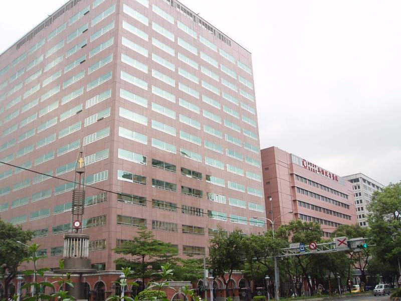 McKay Presbyterian Hospital is located in the middle of Taipei.