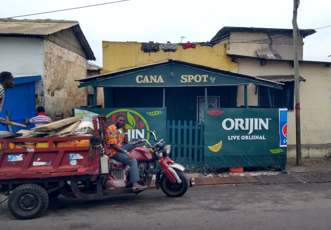 I usually laugh when the bars have Biblical names like Cana Spot – although I assume no water is being turned into wine at this place!
