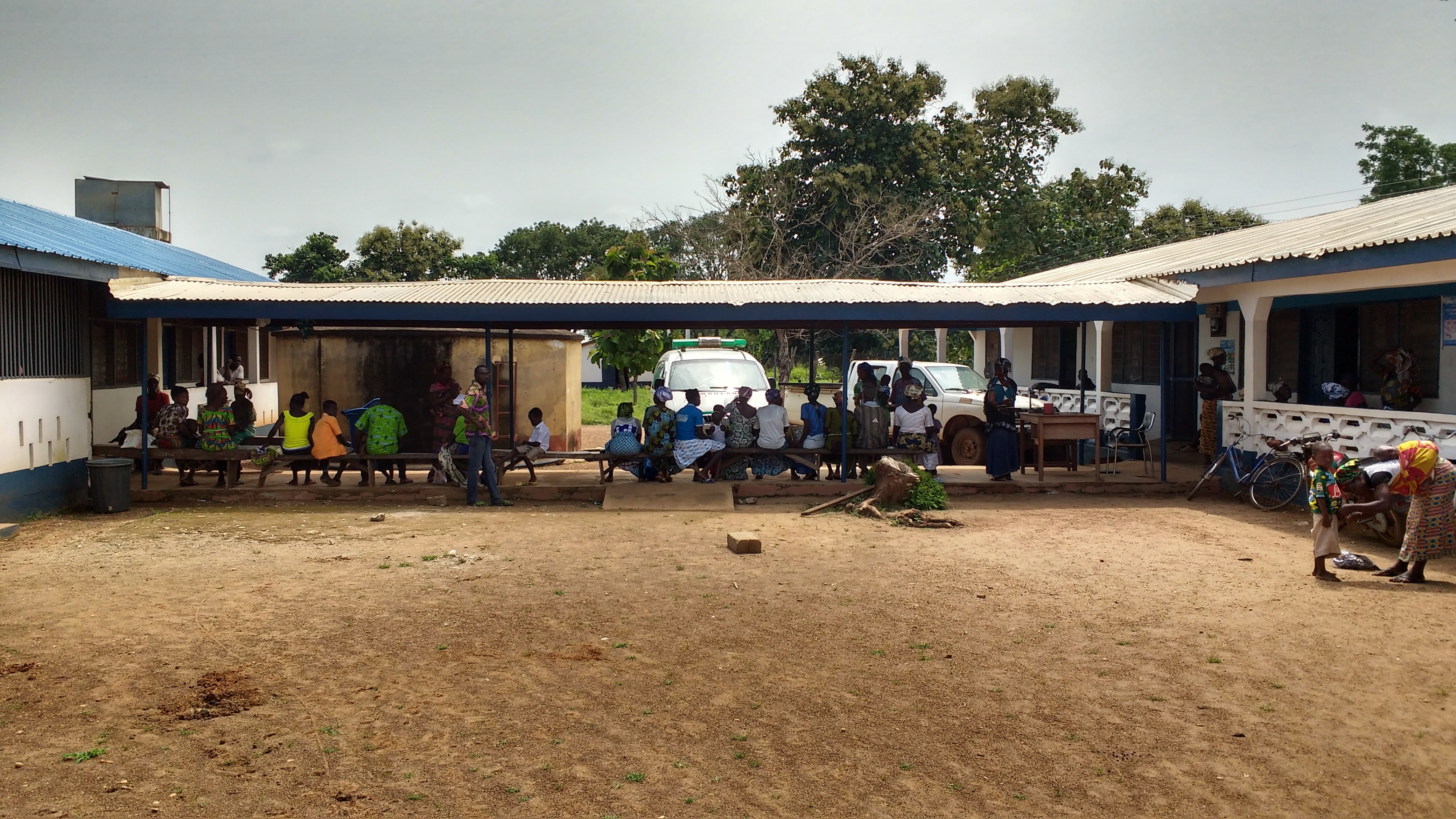 Patients waiting to see medical personnel at the Wapuli Health Clinic in Ghana. Lake Erie Presbytery is helping Wapuli renovate its facility so that it can provide more comprehensive health services in the rural farming communities of northeastern Ghana.