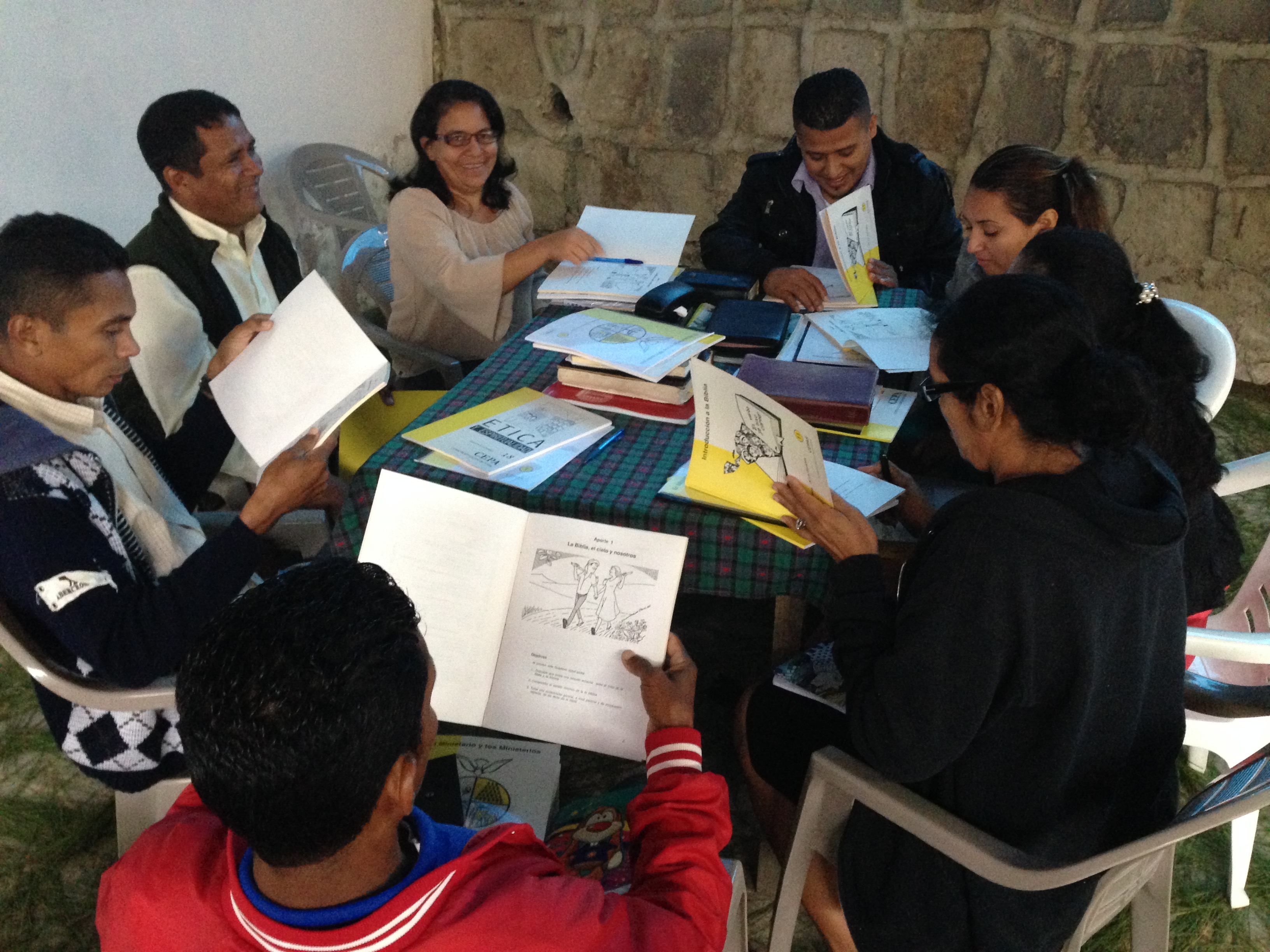 Small group discussion at the inaugural class of the theological education program with the Presbyterian Church of Honduras.