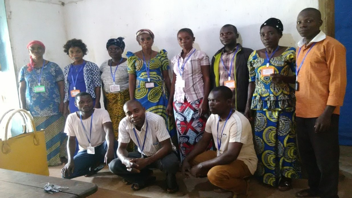 A group of community volunteers at a health center in Lubutu health zone wearing the new badges we recently were able to distribute to all the community health volunteers.