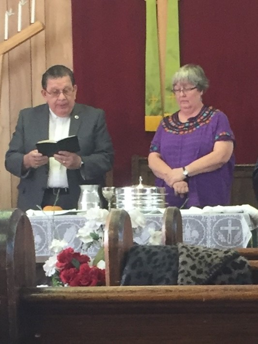Celebrating communion with Rev. Jose Luis Casal, director of World Mission, at Divino Salvador Presbyterian Church in El Paso, Texas, during a weekend event with Presbyterian Border Region Outreach (PBRO).