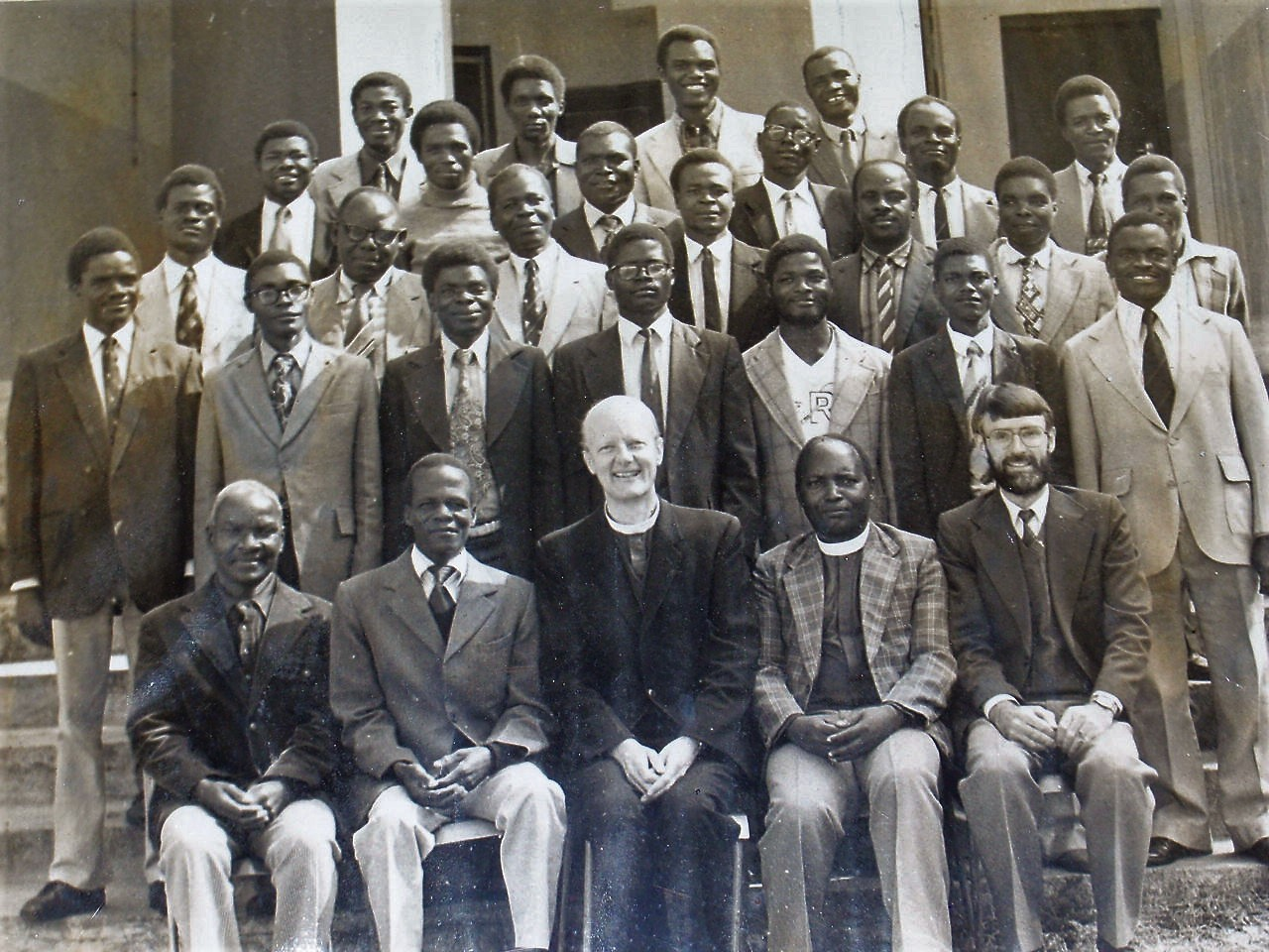 Dr. Chilenje with lecturers and classmates at Zomba College. He is in the third row from the front, the fourth person from the right.