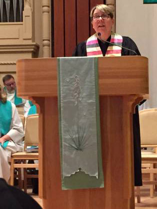 Jan Edmiston, co-moderator of the 222nd General Assembly of the PC(USA), preaches at the 150th anniversary service for First Presbyterian Church of Santa Fe. (Photo by William McConnell)