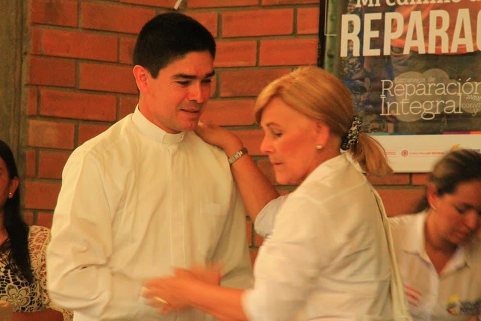 Rev. Diego Higuita with Dr. Yolanda Pinto at the reconciliation ceremony.