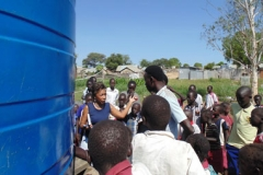 Mission co-worker Leisa Wagstaff discusses clean water at a school in South Sudan. Photo Credit: Sharon Kandel