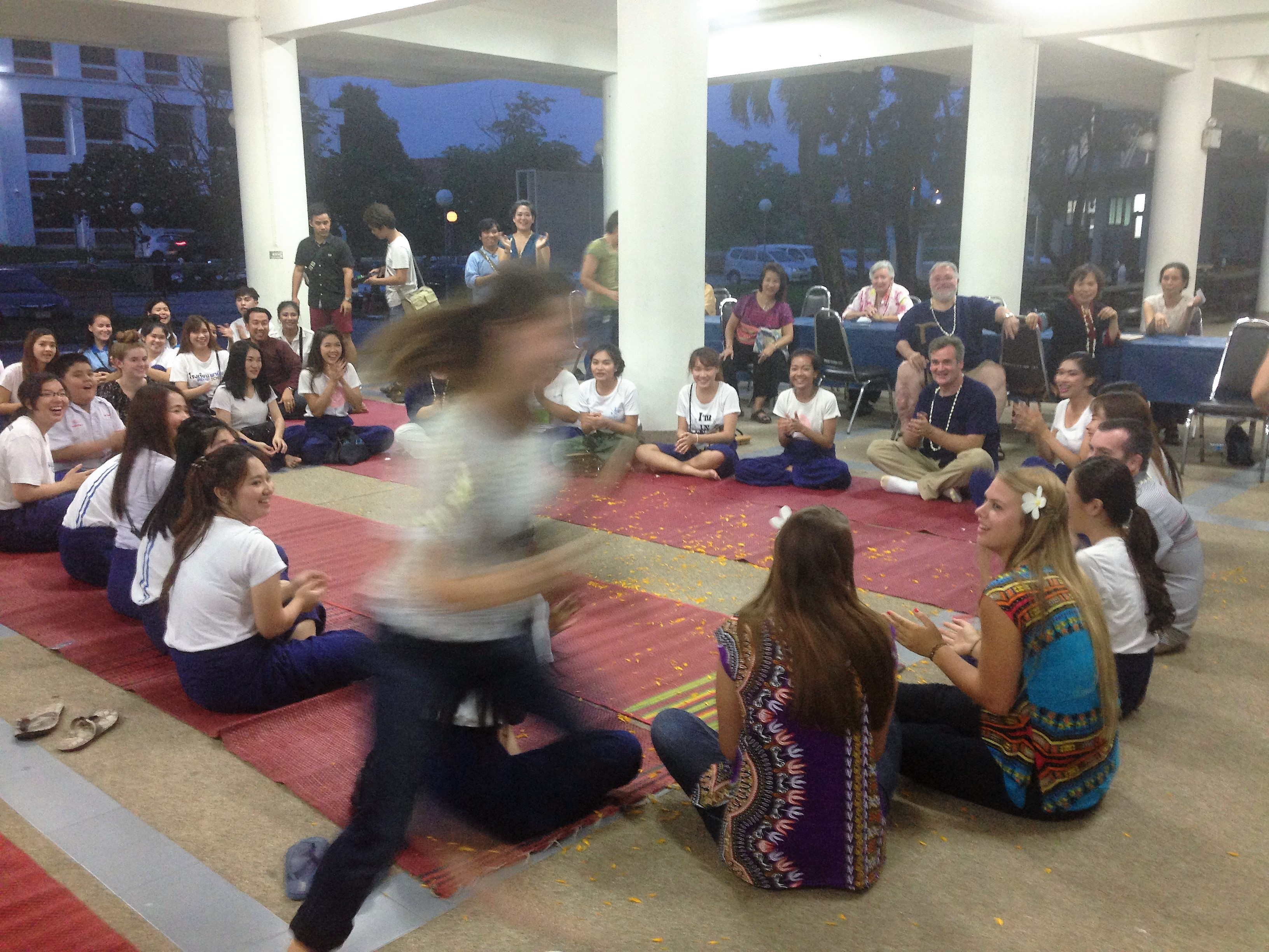 Duck Duck Goose Thai style – we know how to play in Thailand