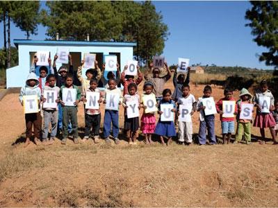 Mahatsingjo children say thank you